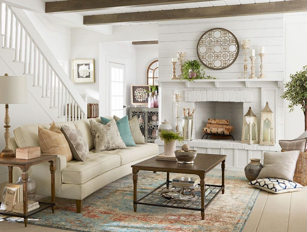 French Country Farmhouse Decorating Ideas from americanfarmhousestyle.com