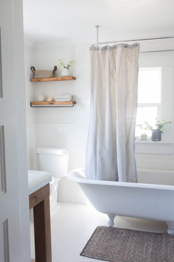 Bathtub Or Shower Or Both American Farmhouse Lifestyle