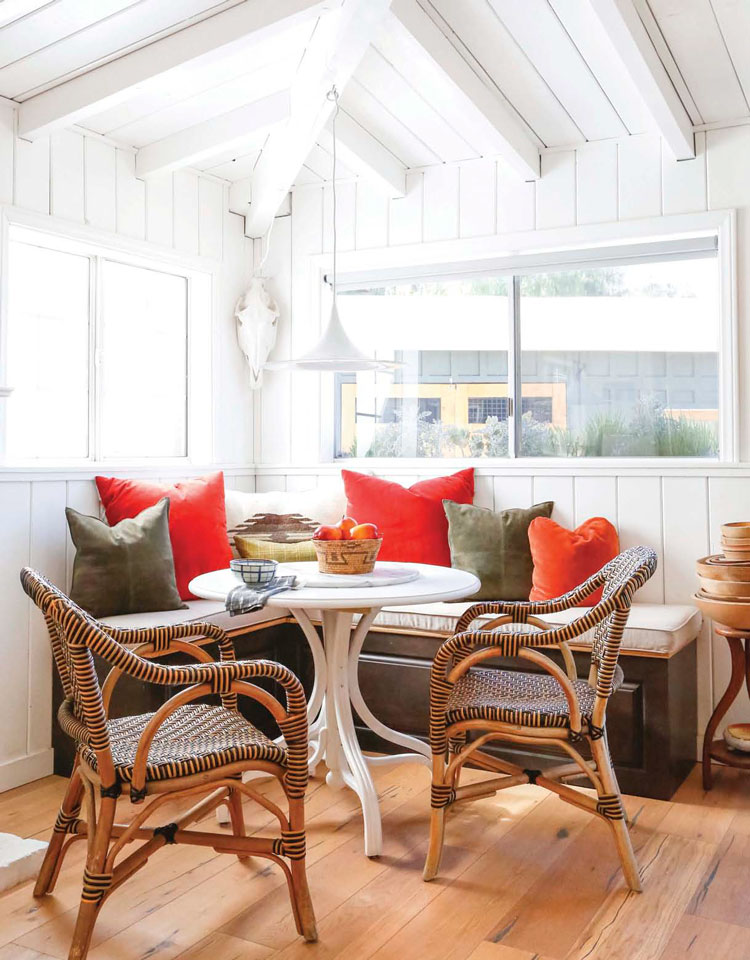 How To Get Timeless Farmhouse Style American Farmhouse Lifestyle